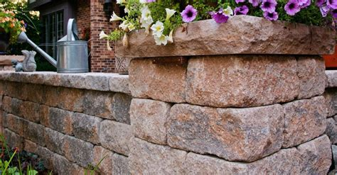 Unilock Wall Installation Estate Walls By Nicolock In Ct Call 203 287 0839