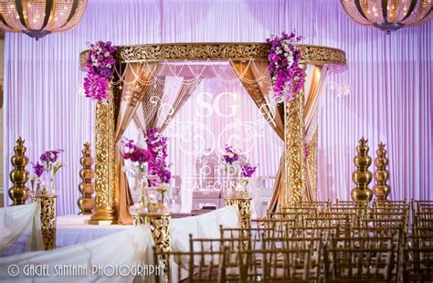 Purple And Gold Decorations by 95 Purple And Gold Wedding Theme Ideas Suhaag