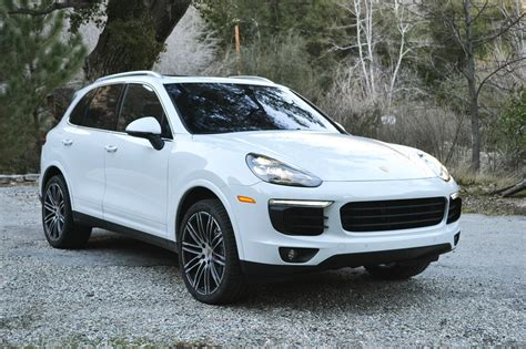 cayenne porsche 2017 2017 porsche cayenne s one weekend review automobile
