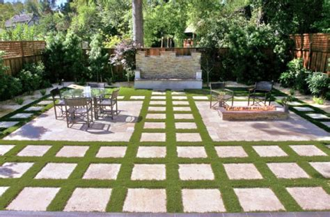 backyard stepping stone ideas geometric design in outdoor spaces