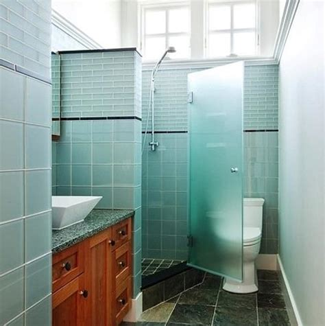 bathroom ideas on corner showers small