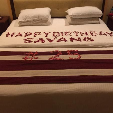Decorating A Hotel Room For A Birthday by Flower Decoration For Birthday In Room Picture Of Grand
