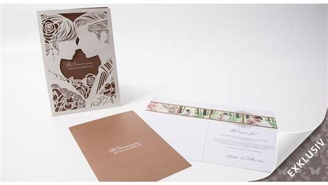 Hochzeitseinladungen Gestanzt by Hochzeitseinladung Exklusiv Mit Romantischem Paar Gestanzt
