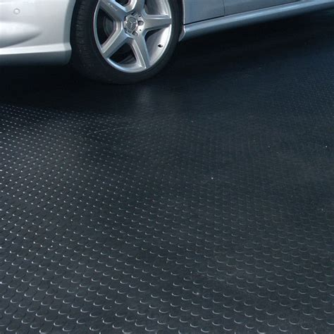 Rubber Mat Garage Floor Covering by How To Apply Epoxy Floor Paint To Your Garage Rubber