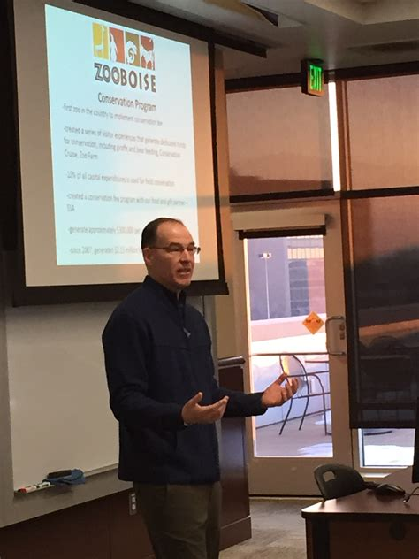 Boise State Mba Class Schedule by Zoo Boise Director Steve Burns Stops By Emba To Discuss