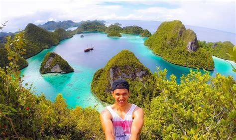 Wayag Island ? Raja Ampat ? Journesia