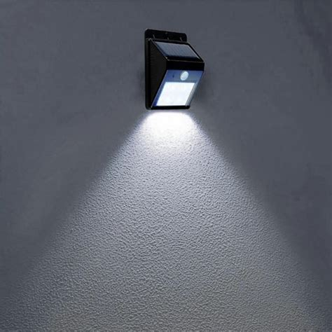 bewegungsmelder mit licht le mit bewegungsmelder und schalter bewegungsmelder