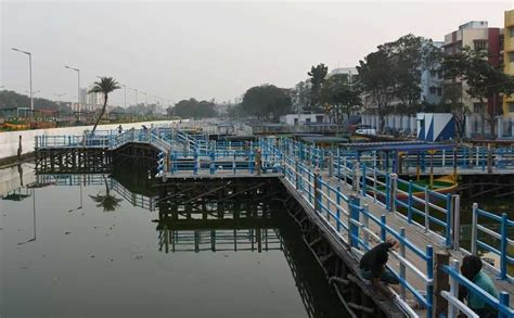 boat store in kolkata now float as you shop for kolkata gets its first floating