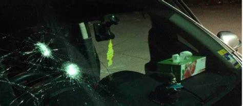 Cermin Nissan Almera pemandu grab diserang cermin nissan almera dihentak