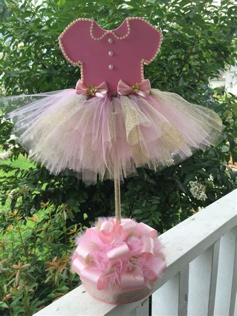 Tutu Centerpieces For Baby Shower by Best 25 Tutu Centerpieces Ideas On Princess