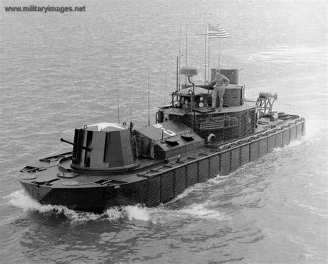 pt boat for sale vietnam military pt boats for sale bing images boats war