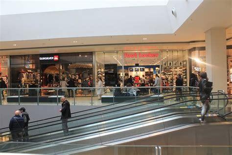 centri commerciale porta di roma foot locker at porta di roma foto di centro commerciale