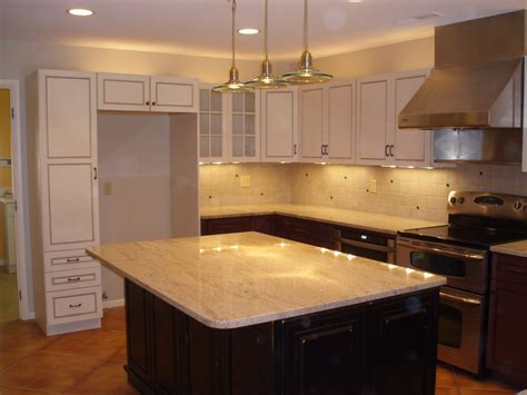craft made kitchen cabinets the kraftmaid kitchen cabinets and the modern style