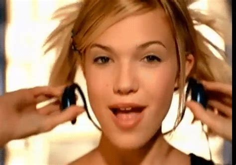 9 mandy moore hair moments that melted our hearts   huffpost