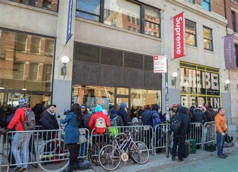 supreme store nyc violence erupts at supreme release in new york city as