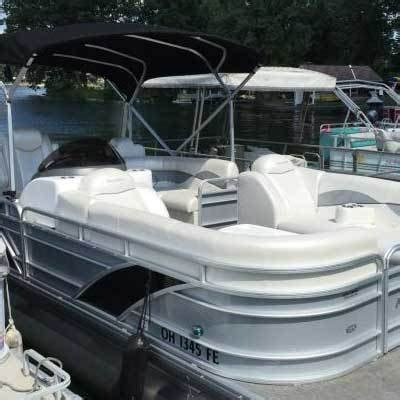 pontoon boats on lake michigan pontoon boat rentals for torch lake michigan