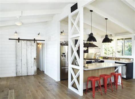 Modern Barn Kitchen by The Modern Farmhouse Kitchen Taymor Canada