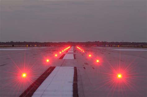 runway lights at night runway status lights photo gallery