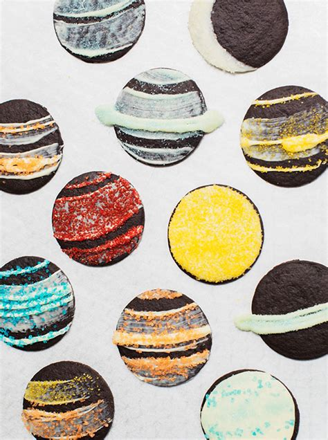 Planet Cookies diy planet cookie idea recipes food 100 layer cakelet