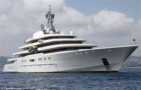 boat back to africa roman abramovich s 1bn yacht can t dock because saudi