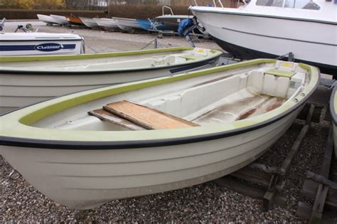 crescent boat house used power boat crescent 444 rodd lxbxkg 4 44 x 1 42 x