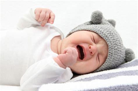 vas is das pianto neonato come gestire una giornata difficile