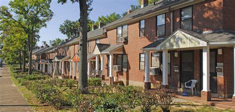 100 metropolitan development and housing agency