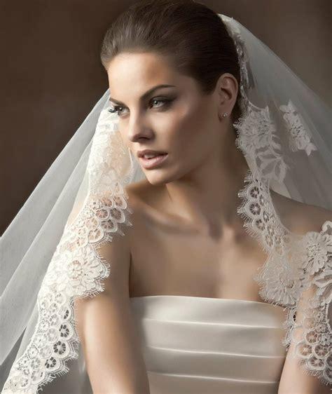 Klassische Brautfrisuren by 34 Beispiele F 252 R Zeitlose Brautfrisuren Mit Schleier