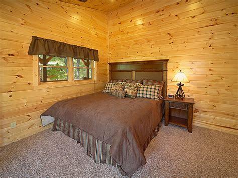 9 bedroom cabin gatlinburg gatlinburg cabin buckingham palace 9 bedroom sleeps