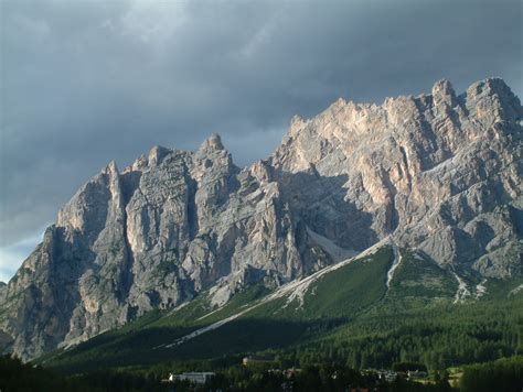 d d file montagna cortina d ampezzo jpg wikimedia commons