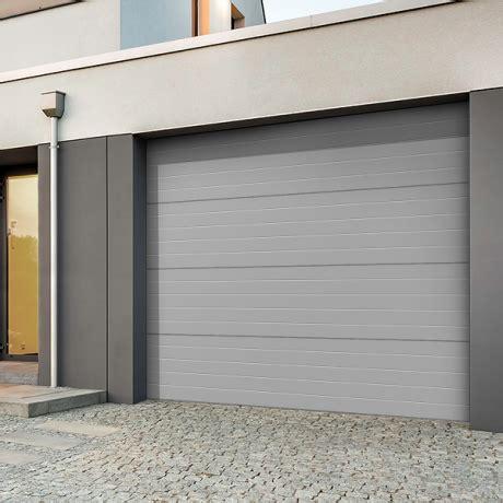 comment isoler une porte de garage cap batiment