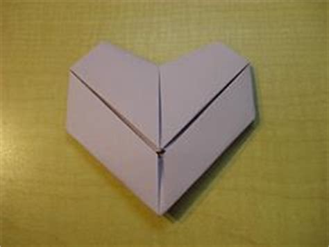 How To Fold A Paper Into A Letter - lots of lists 8 ways to fold notes or letters for