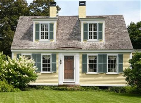 cape cod paint schemes cottage style inside and out content in a cottage