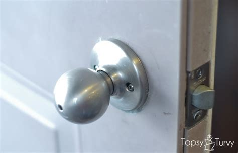 Changing Door Knob by How To Change Out Your Door Knobs Ashlee