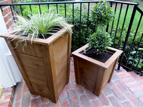 Decorative Planter Boxes diy tutorial decorative wood planter boxes the project