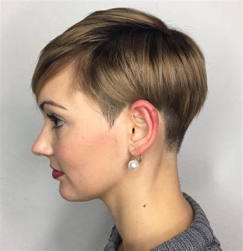 pixie haircutd with short neckline 50 cute and easy to style short layered hairstyles