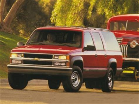 1998 chevrolet suburban 2500 styles features highlights