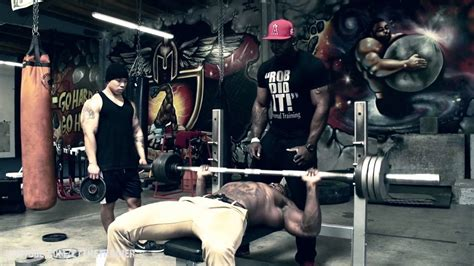 insane bench press 200 repetitions on the bench press mike rashid youtube