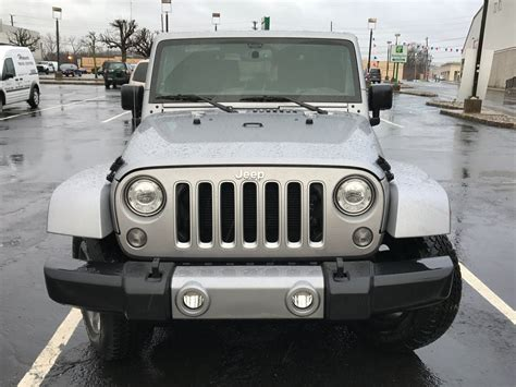 How Safe Is A Jeep Wrangler Jeep Wrangler Review Pictures Business Insider