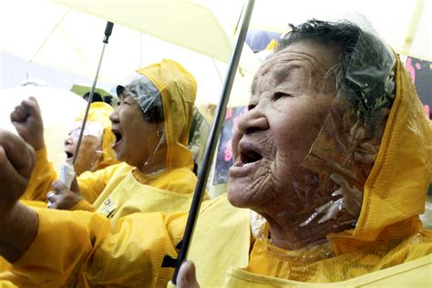 Comfort Slaves In The South by South Korea S Quot Comfort Quot Stage 900th Weekly Protest