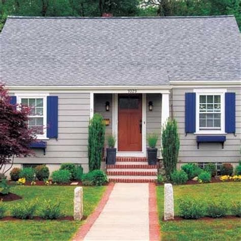 cape cod curb appeal remodelaholic reader question mid century cape cod curb