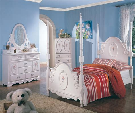 girls white bedroom furniture set twin white wooden poster bed girl s bedroom furniture 4 pc