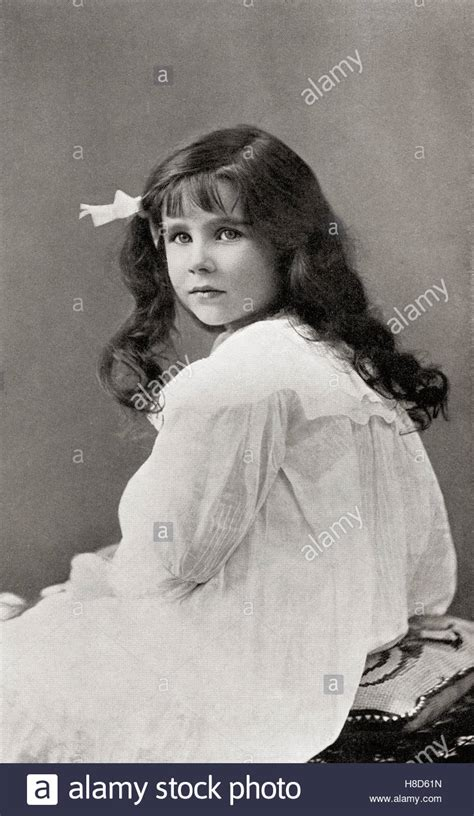1900s hairstyles black and white stock photos u0026 images