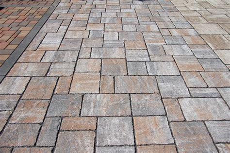 pavimenti autobloccanti autobloccanti anticati pavesmac pavimentazioni esterne