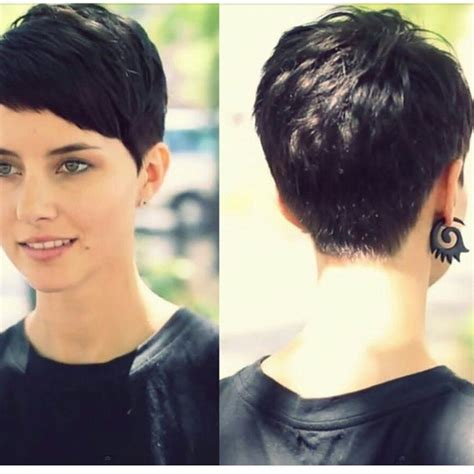 short pixie hair style with wedge in back stylist back view short pixie haircut hairstyle ideas 13
