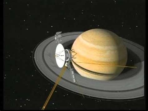 voyager pictures of saturn animation of voyager 2 orbiting saturn
