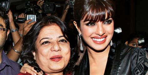 first picture from priyanka chopra s birthday celebration is here and it s overloaded with sweetness priyanka chopra celebrates mom s birthday jfw just for