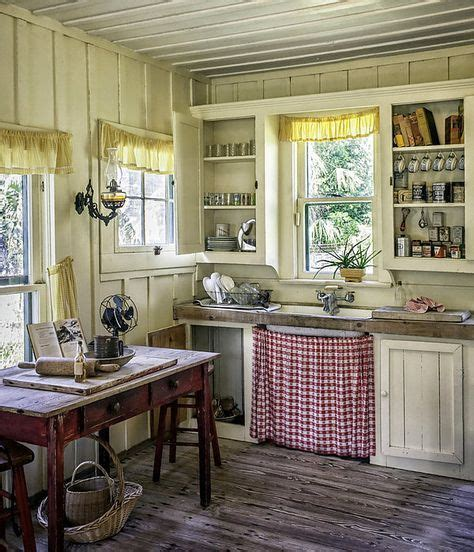 old country kitchen best 25 tiny kitchens ideas on pinterest