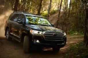 2016 Toyota Land Cruiser 2016 Toyota Land Cruiser Look Review Motor Trend