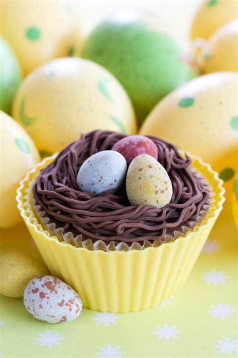 how to make your easter cupcakes rock with these 10